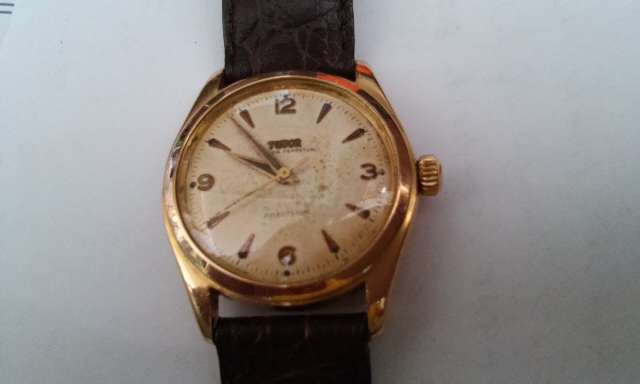 relógio marca Tudor caixa em ouro Rose automatico