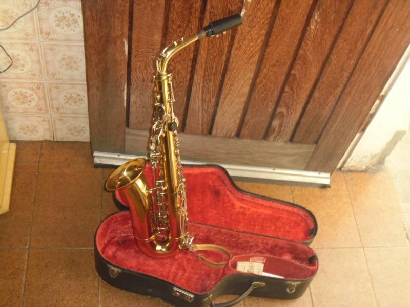 saxofone alto mi bemol