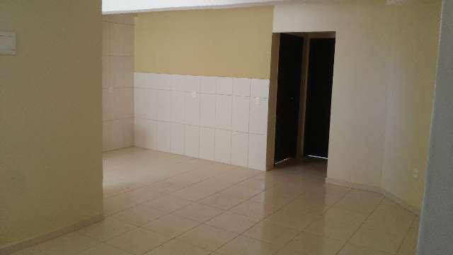 Apartamentos com 02 quartos,  garagem coberta, inicio de valparaíso