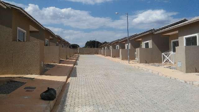 Casas de 02 quartos em valparaíso, há 08 minutos do shopping até 100% financiadas